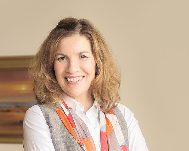 Leanne Gassert Counselling Psychotherapy - BA (Psych.), LLB, M.Couns., PGDip, MBACP